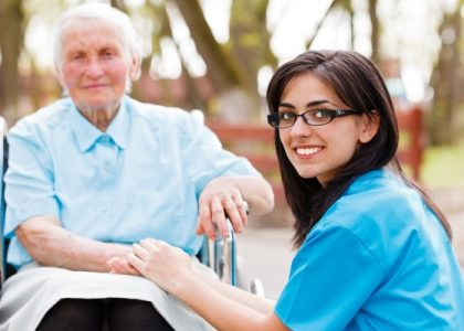"""""""Triple Win"""" und Ausbildung – gut für die Pflege bei OHV-Kliniken"""