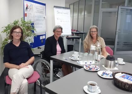 Dr. Doris Lemmermeier besucht unseren KAUSA-Standort in Cottbus